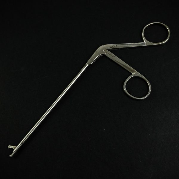Nożyczki artroskopowe R. Wolf 8403.02 4,5mm (5/85)