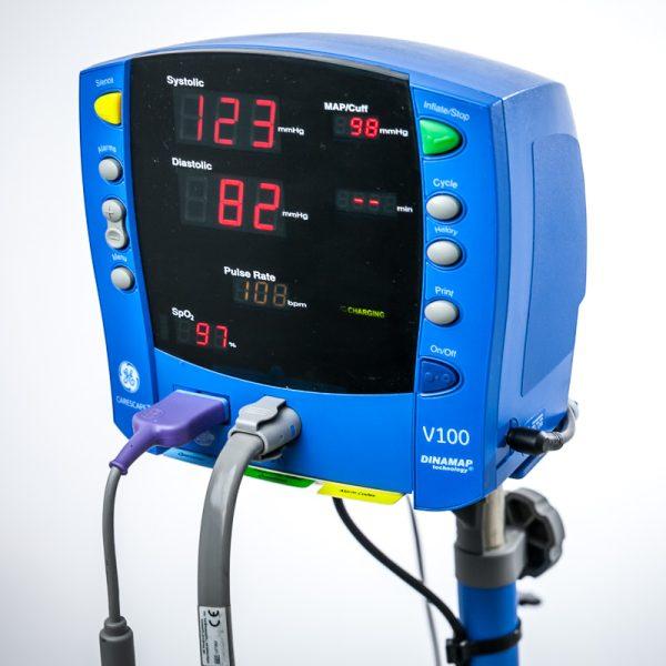 GE Dinamap V100 Pulsoksymetr Monitor Pacjenta