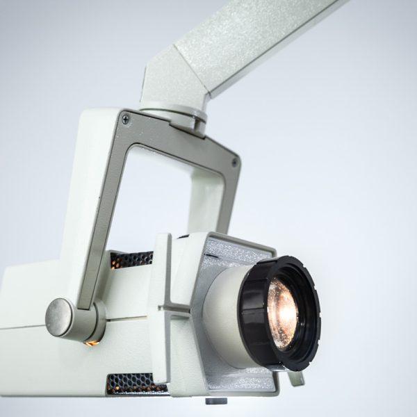 Lampa Zabiegowa Mobilna Wolnostojąca 150W