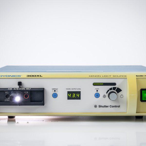 Dyonics 300XL Ksenonowe Źródło Światła Endoskopia