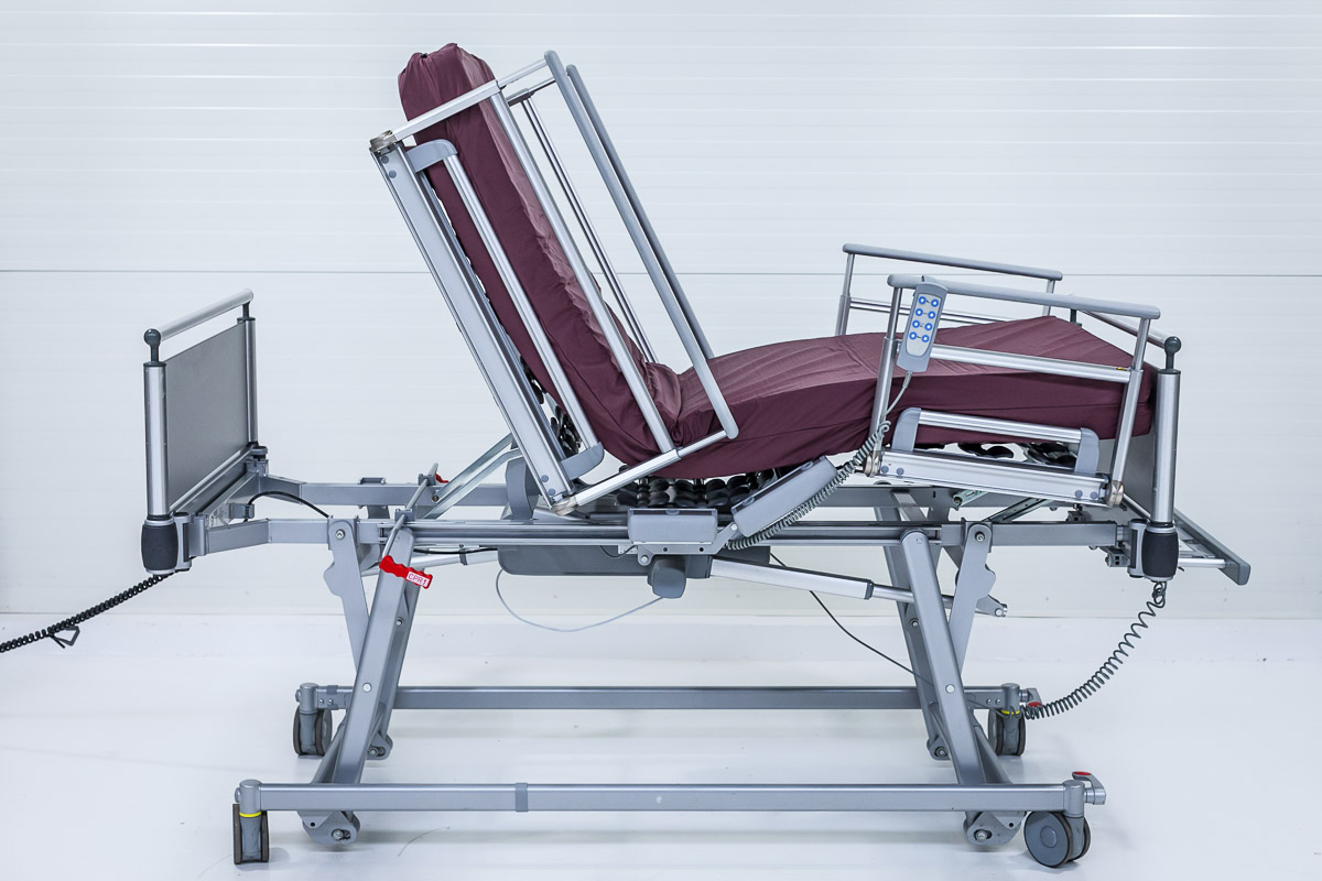 Volker S 582 Ultra-niskie Łóżko Szpitalne Elektryczne