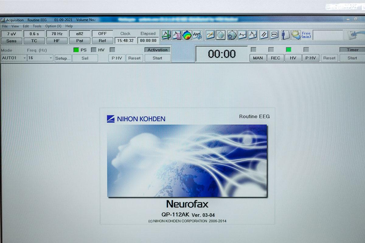 Nihon Kohden Neurofax EEG-9200K Elektroencefalograf