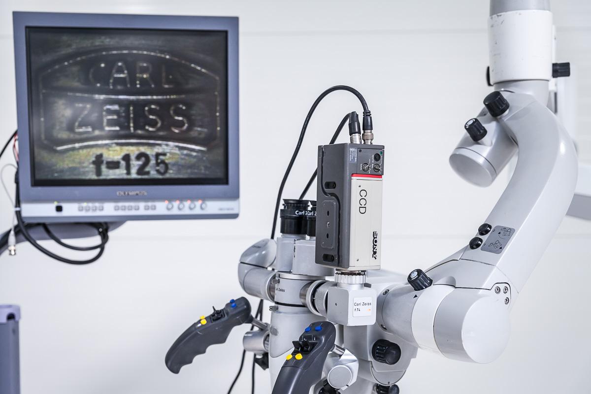 Zeiss OPMI Sensera Mikroskop Operacyjny Laryngologiczny